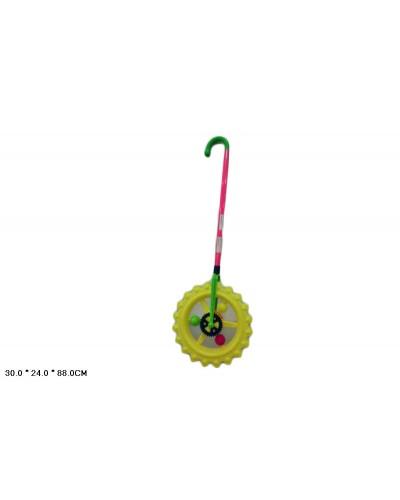 Каталочка колесо L1801-3 на палочке, в пакете 30*24*88см