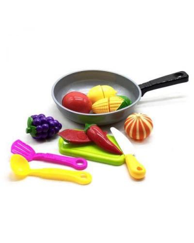 Овощи и фрукты 685 делятся пополам, в сковороде,с досточкой,черпаками, в сетке 18*6*18см