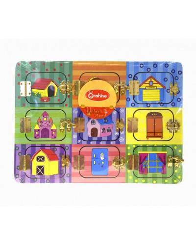 Деревян. бизиборд M02999 2 двери на разных защелках, в пленке,размер игрушки- 35*25см